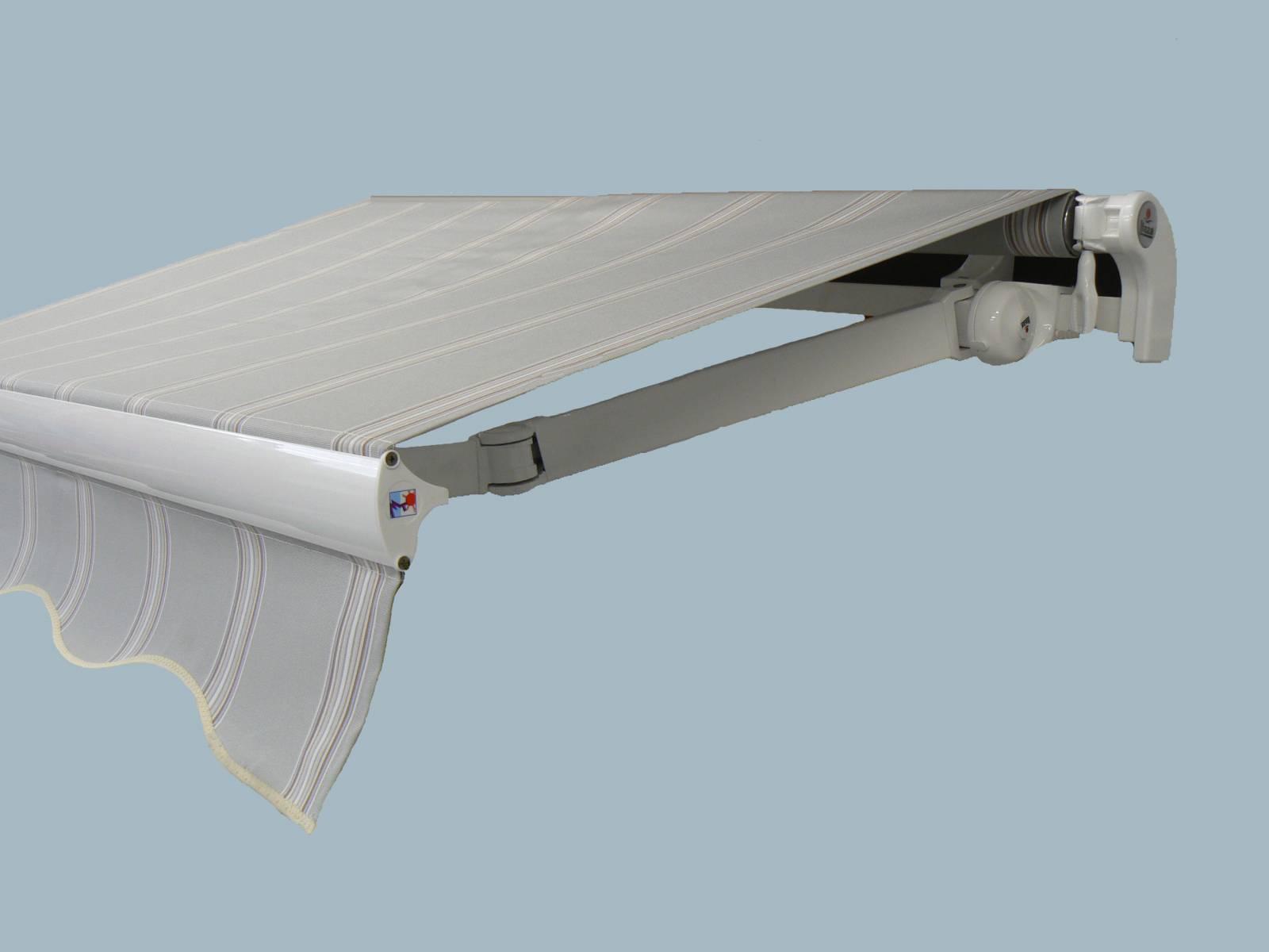 stores bannes monoblocs sur mesure pour terrasse aa 3 moulins. Black Bedroom Furniture Sets. Home Design Ideas