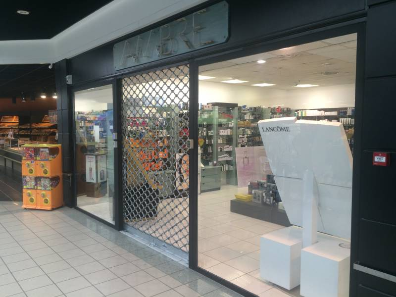 Grille Dentel magasin Caveirac